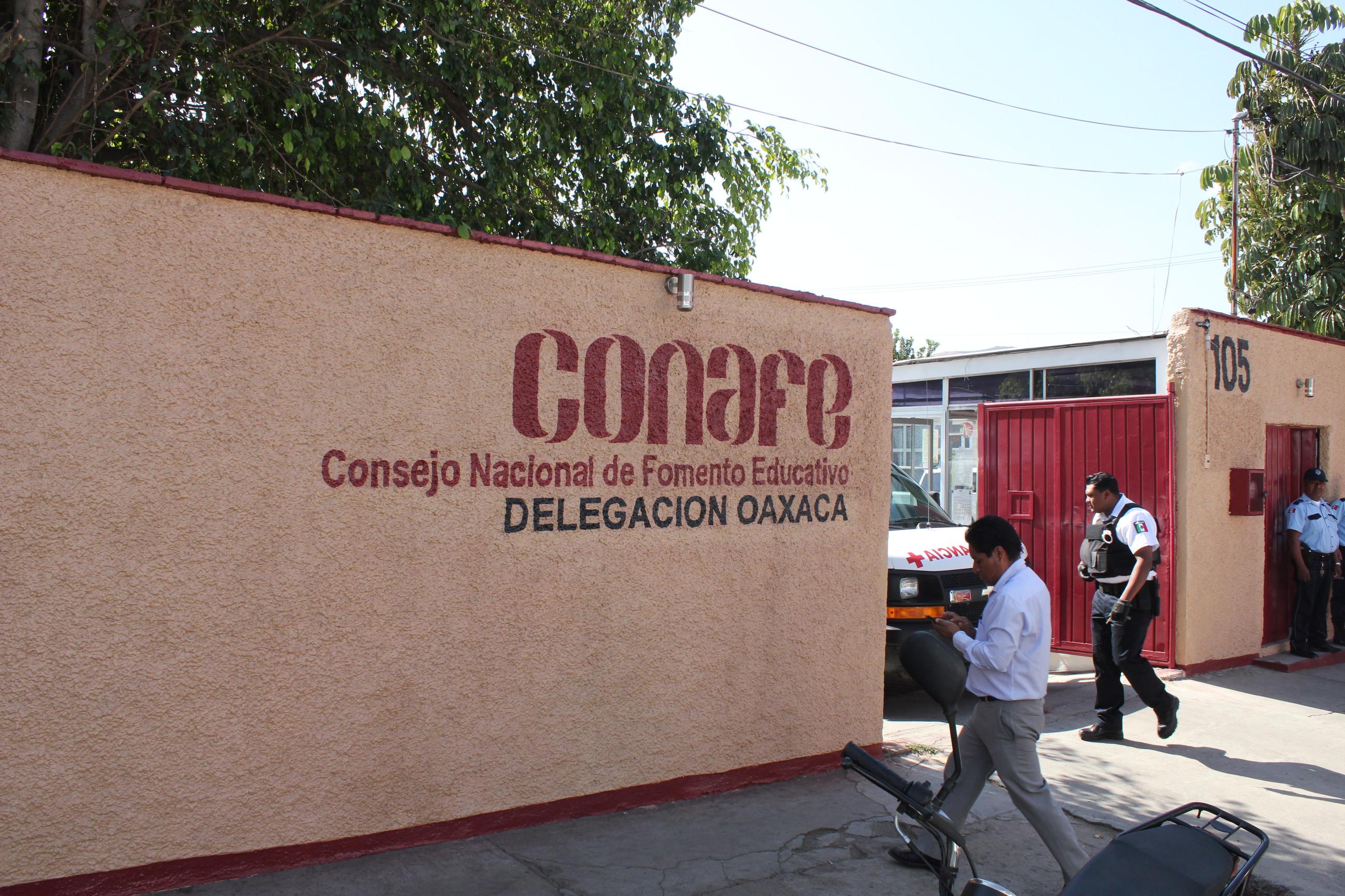 Trabajadores eventuales de Conafe serán cesados de sus cargos.