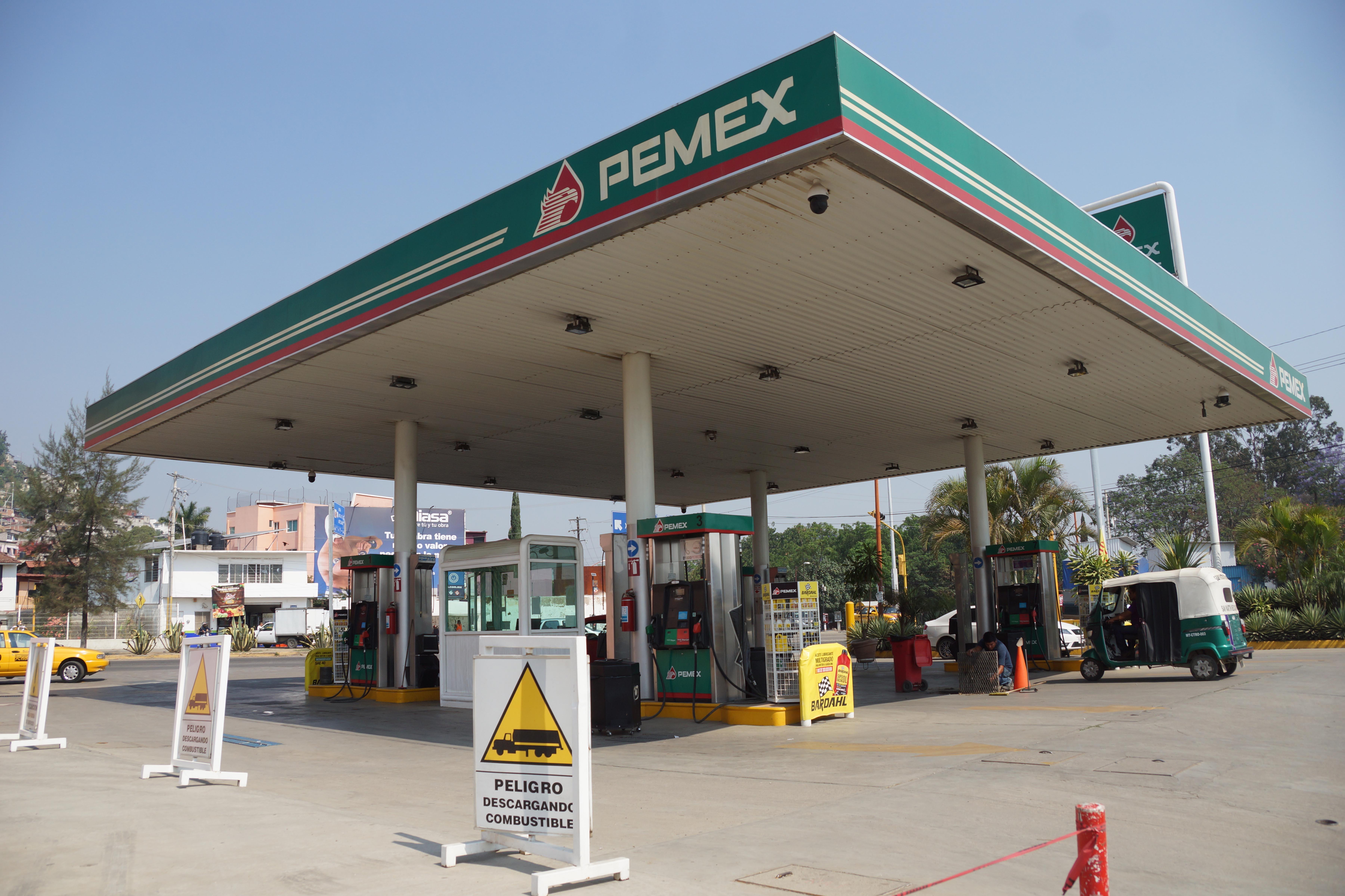 A pesar de vender litros incompletos, las estaciones de servicio no fueron sancionadas.