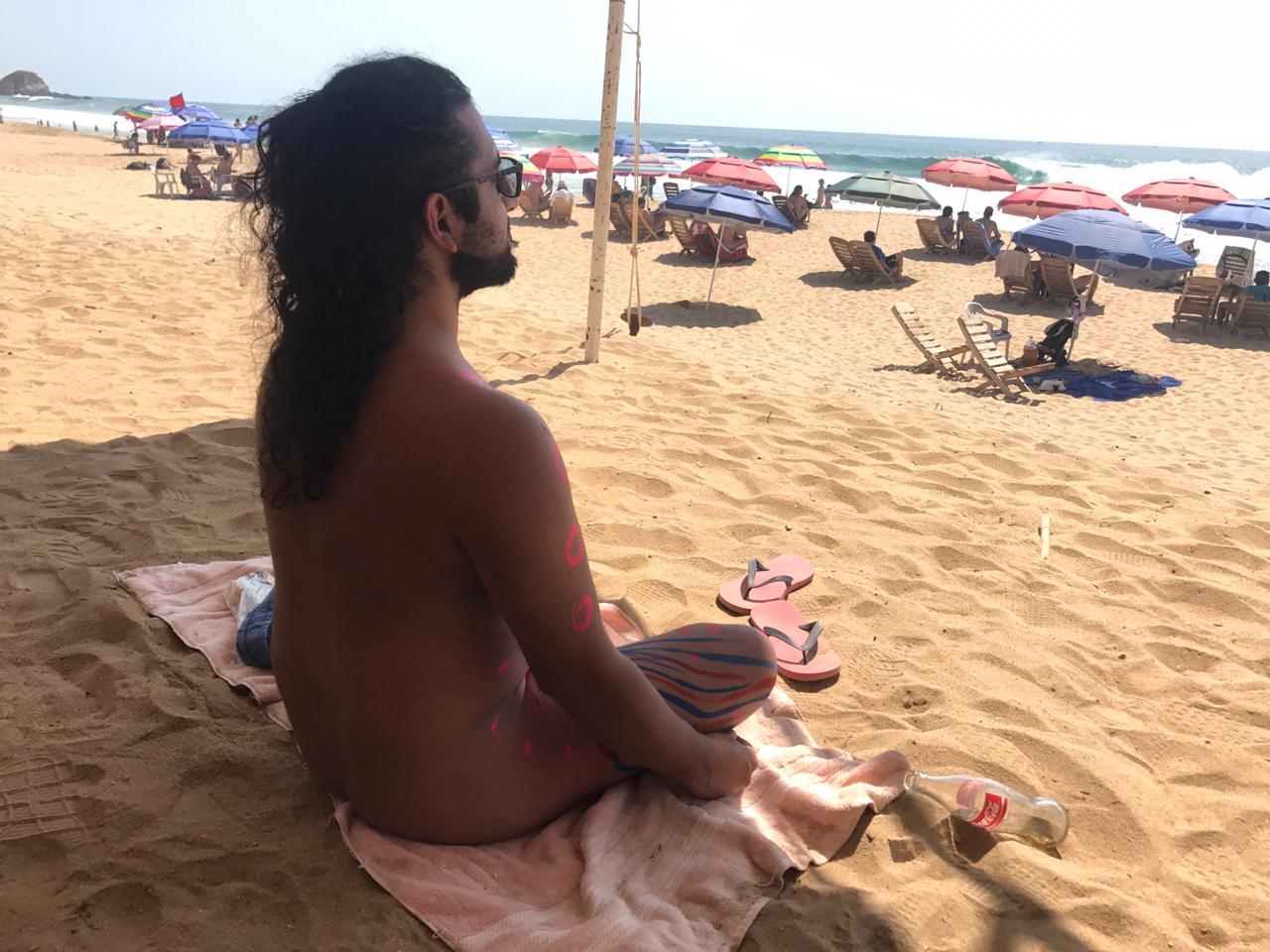 Zipolite: así se vive la libertad en la única playa nudista de México