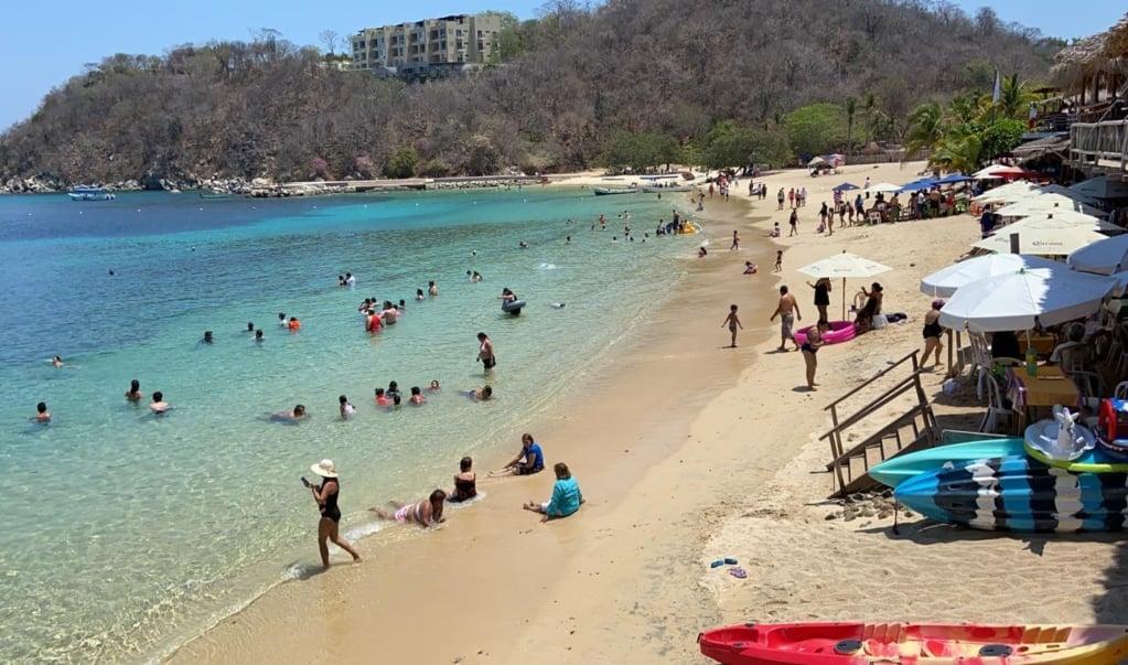 Cae 12% ocupación hotelera en Huatulco; prevén desplome de turismo para Semana Santa por coronavirus