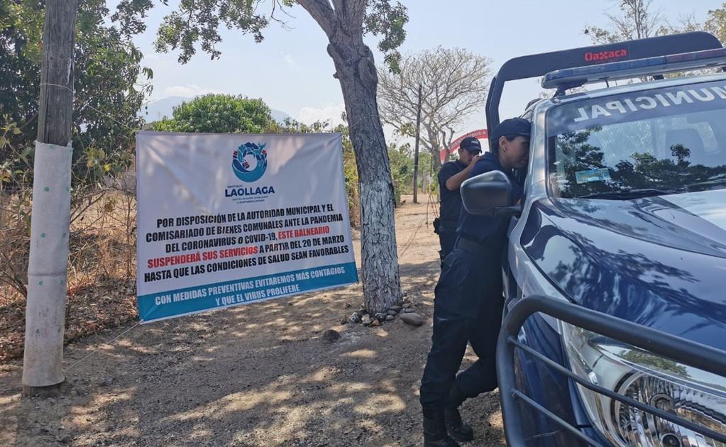 Policías vigilan que vacacionistas no entren a balneario natural del Istmo