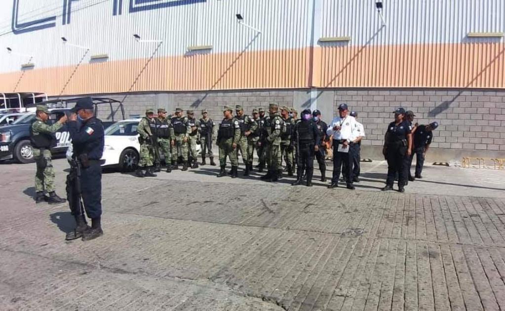 Realizan operativo contra saqueos en Puerto Escondido durante contingencia