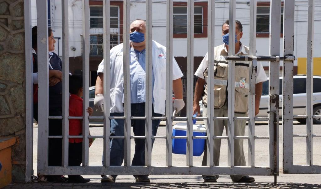 Advierte sindicato que vigilará que se respeten derechos laborales de personal de salud ante pandemia