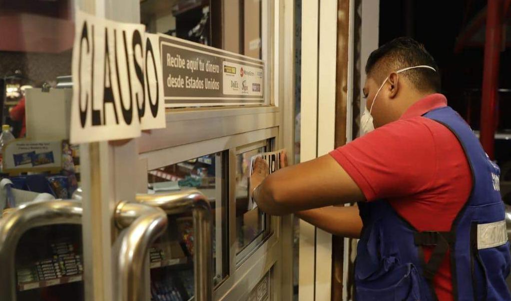 Clausuran negocios en Tehuantepec por no acatar cierre temporal por emergencia de coronavirus