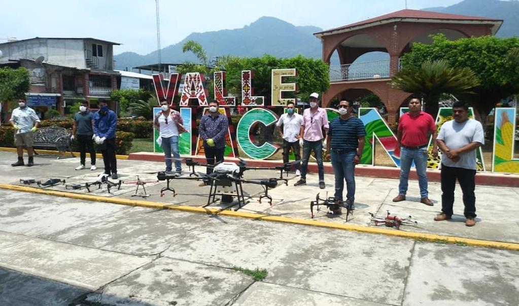 Valle Nacional, primer municipio oaxaqueño en usar drones para sanitizar sus calles por Covid-19