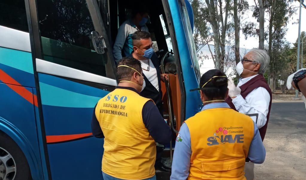 Aislan a 160 jornaleros que volvieron de Monterrey a Xadani por riesgo de coronavirus