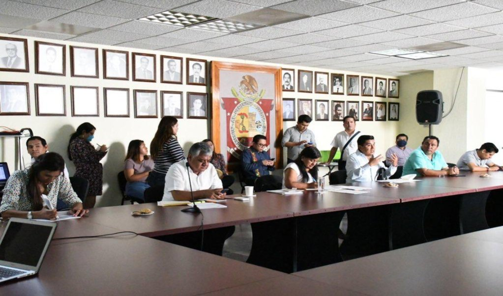 Congreso oaxaqueño pide comparecer a secretarios para que detallen 48 proyectos de infraestructura