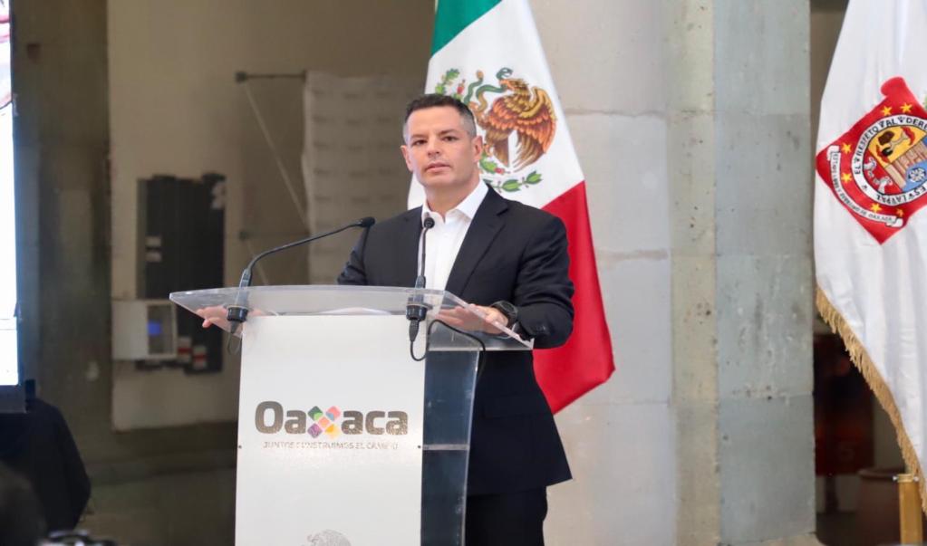 Oaxaca ya está en recesión; objetivo es no perder empleos pero sobre todo salvar vidas: Murat