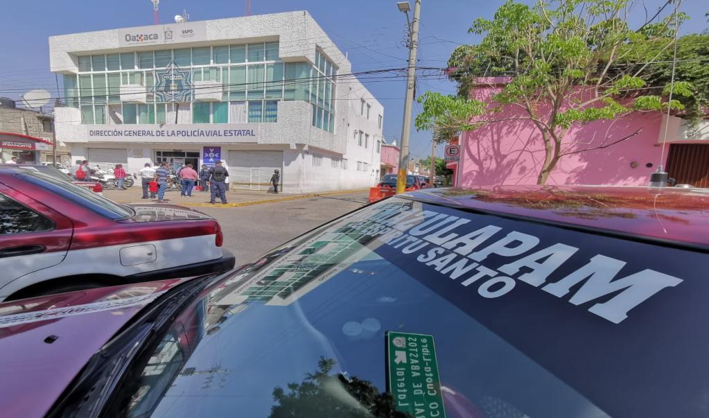 Por segundo día, taxistas foráneos protestan contra medidas sanitarias de la Semovi contra Covid-19
