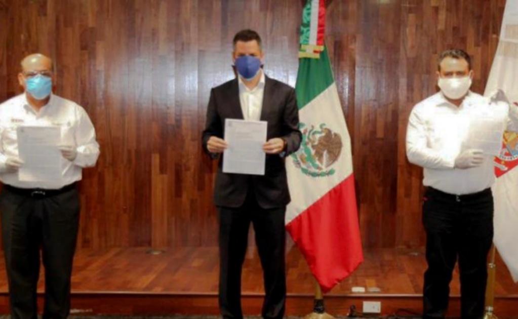 Sección 22 de SNTE entrega de pliego petitorio a gobernador de Oaxaca