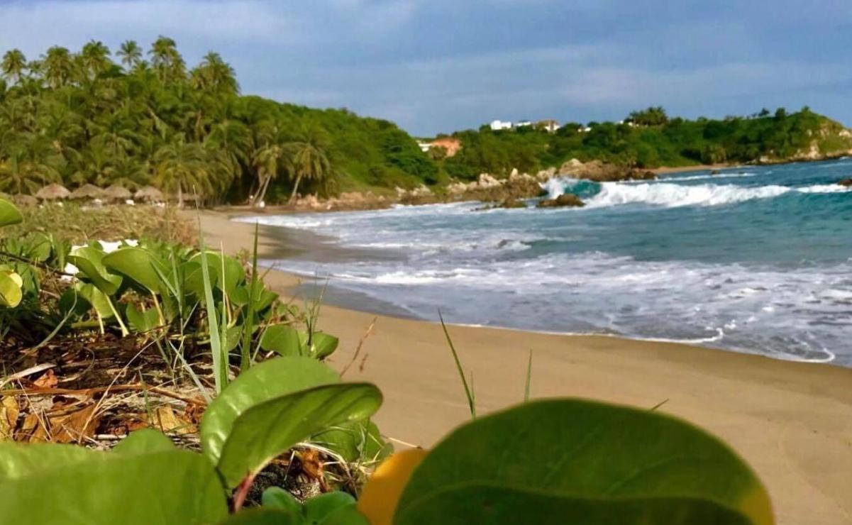 Playas de siete municipios de Oaxaca permanecerán cerradas de forma indefinida