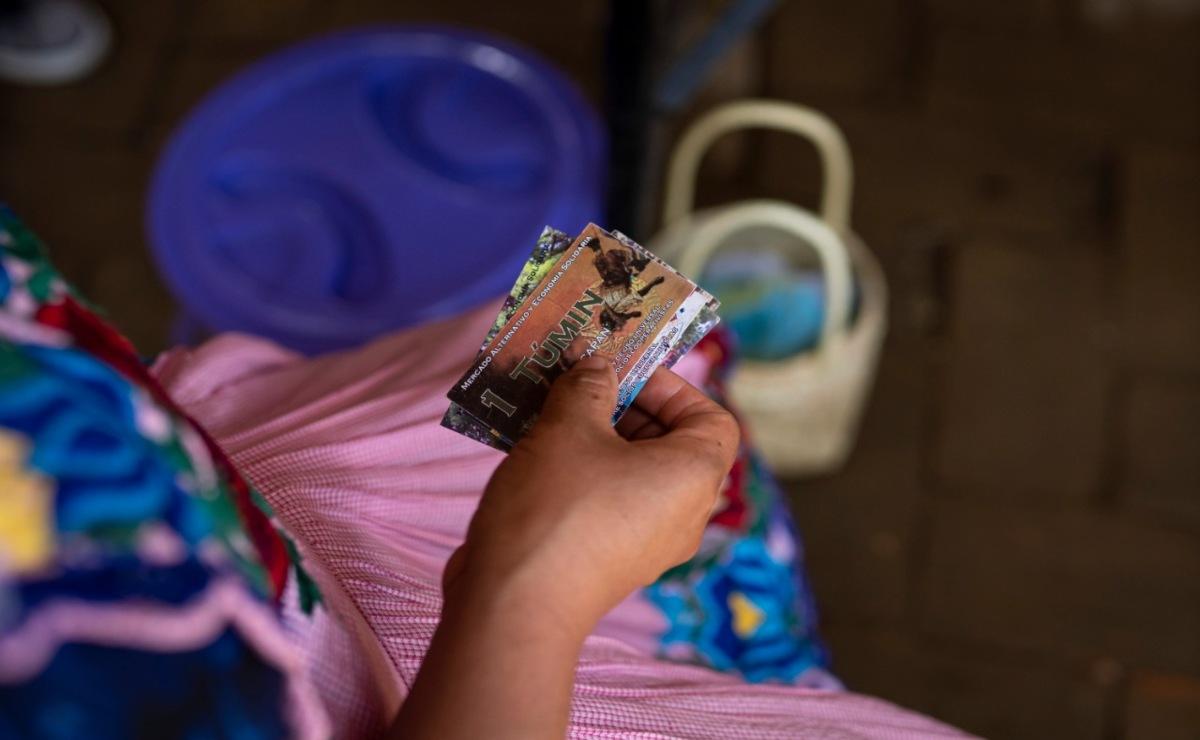 Tumin y trueque: oaxaqueños apuestan por su moneda para afrontar la crisis