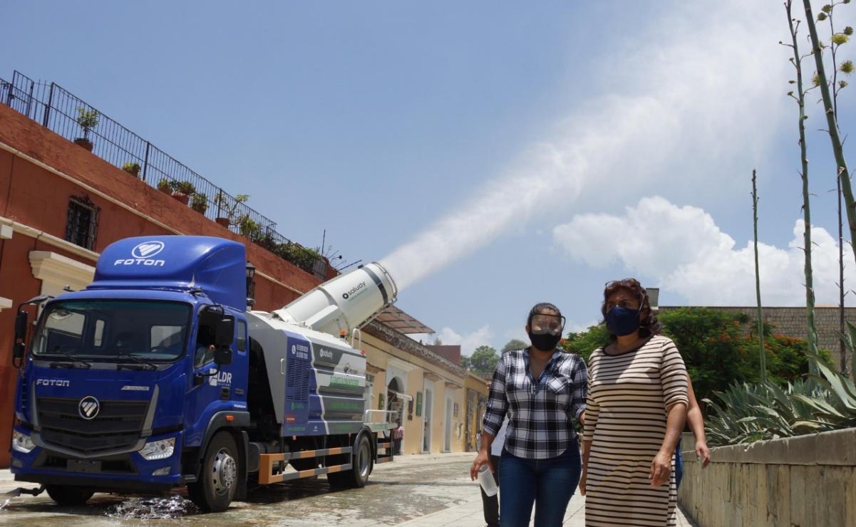 Así funciona el camión cisterna que desinfectó el Centro Histórico