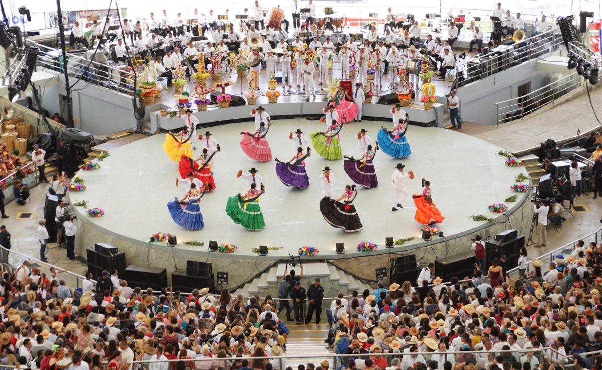 Guelaguetza virtual: Por pandemia, oaxaqueños celebran su máxima fiesta desde casa