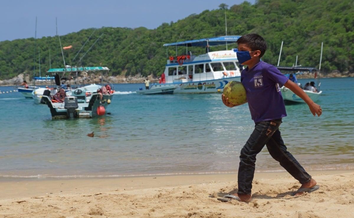 Huatulco, destino de playa con menos casos de Covid-19, busca recuperar la confianza del turismo