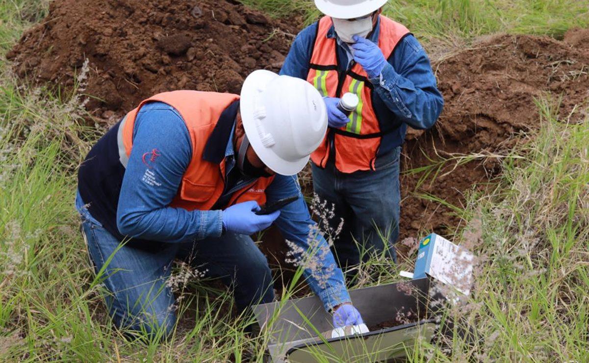 Realizan muestreo de suelos en Magdalena Ocotlán tras denuncias contra minera por contaminación