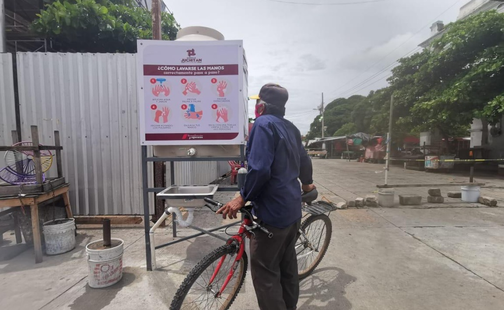 Desarman unidades de lavado de manos contra Covid-19 en Juchitán; se roban hasta jabones