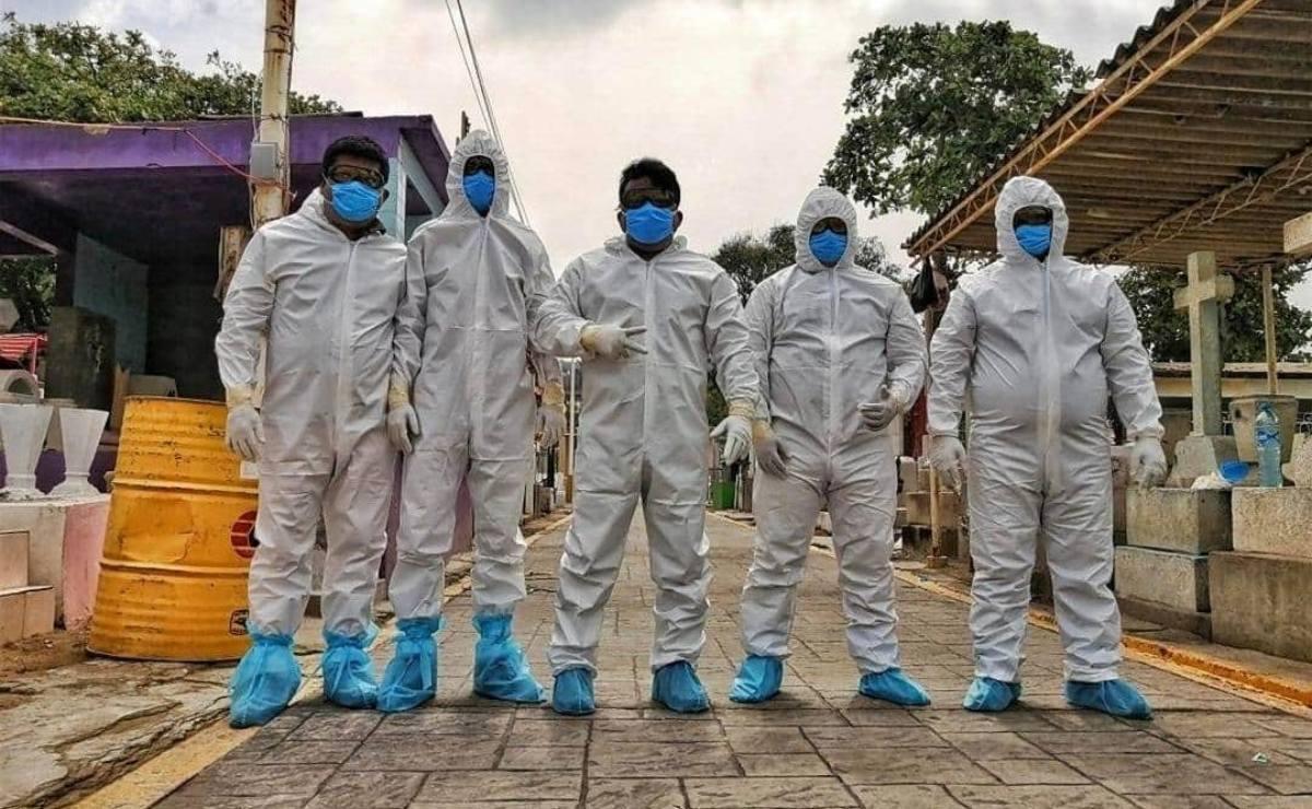 Covid-19 auyentó a sepultureros en Salina Cruz, sólo 10 se atreven a enterrar a víctimas del virus