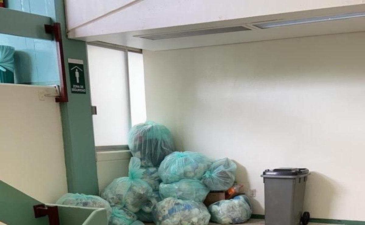 Abandonan residuos médicos en escalera de hospital en Huautla que atiende pacientes Covid