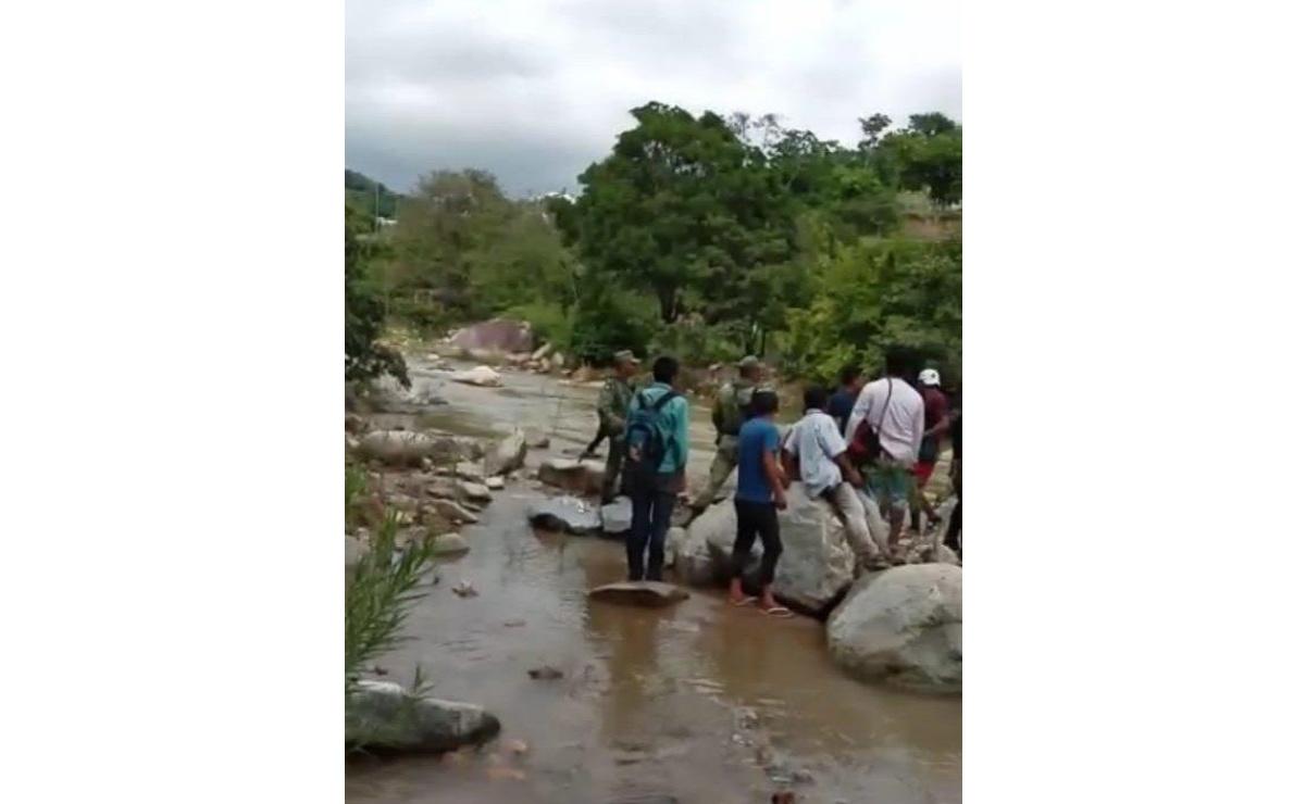 Localizan brigadas cuerpo de hombre que fue arrastrado por un río en la Costa
