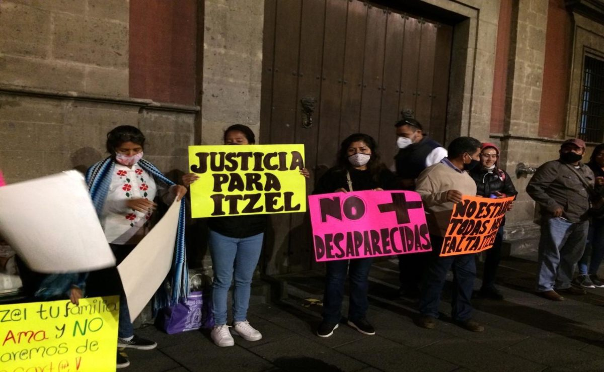 Familiares de Itzel exigen en Palacio Nacional ayuda para encontrar a la joven desaparecida en Tuxtepec