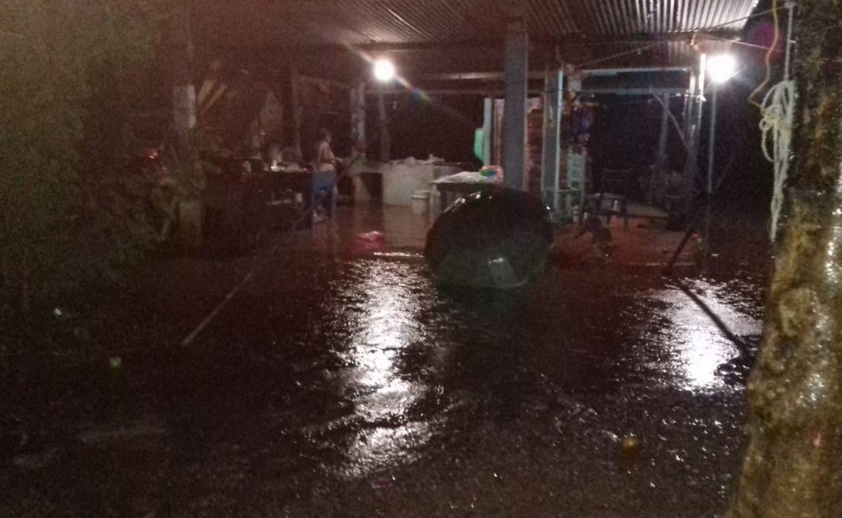 Lluvias torrenciales dejan daños en 85 viviendas de San José Chiltepec