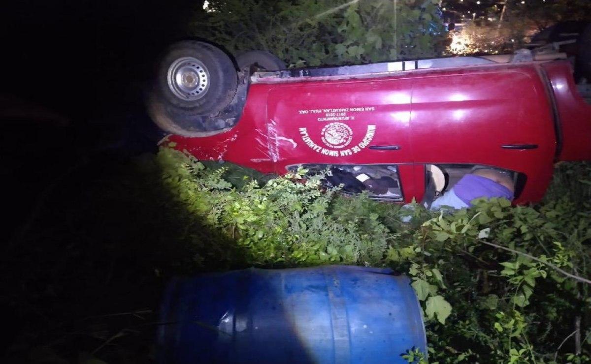 Muere en accidente de auto presidente municipal de San Simón Zahuatlán