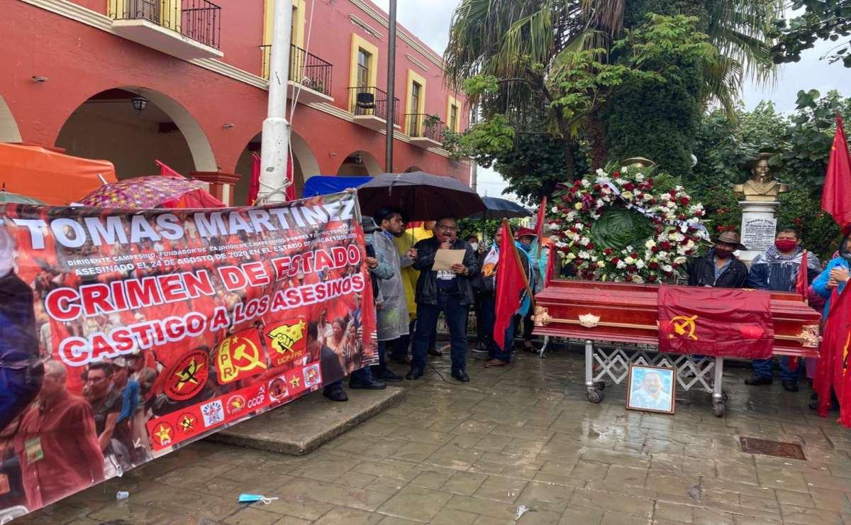 Se deslinda edil de Miahuatlán de asesinato de líder del FPR; se suma a exigencia de justicia