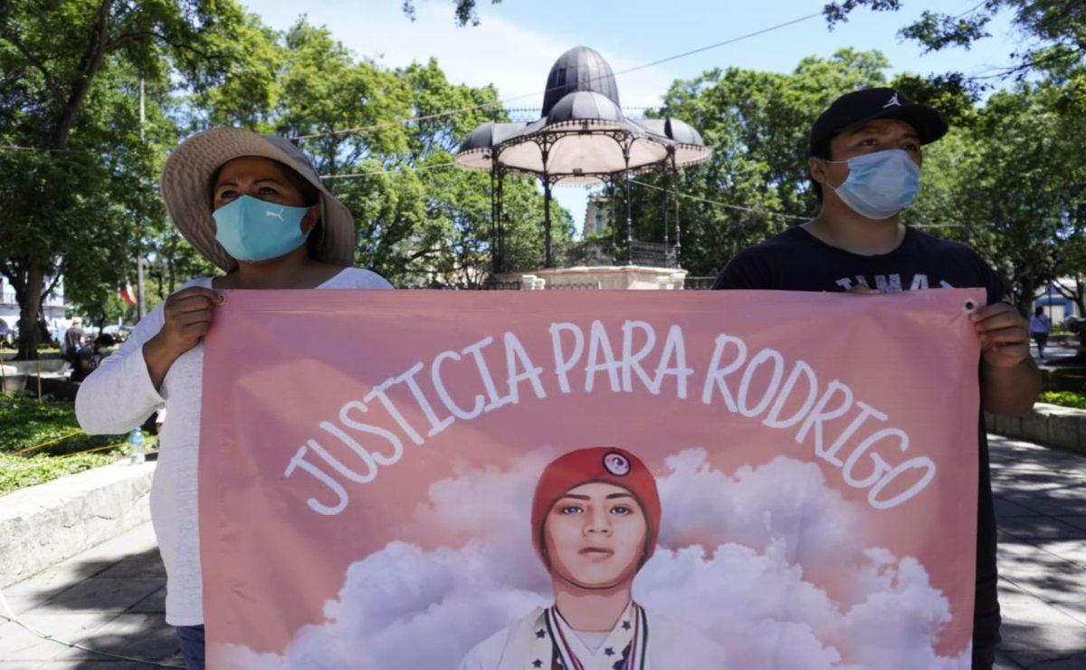 """Familiares de atleta de 17 años asesinado claman """"Justicia para Rodrigo"""""""