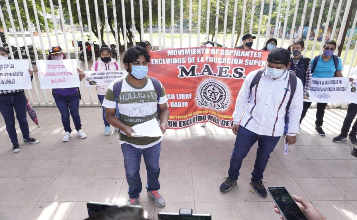Jóvenes piden garantizar acceso a la educación y piden a la UABJO no cobrar inscripción por Covid-19