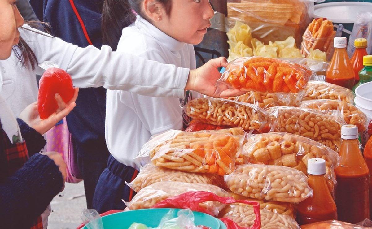 """Piden comerciantes a Murat que prohibición de """"comida chatarra"""" a niños sólo aplique en escuelas"""