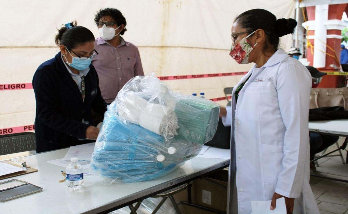 Entregan SSO medicamentos a 22 municipios de Valles Centrales a través de Fonden