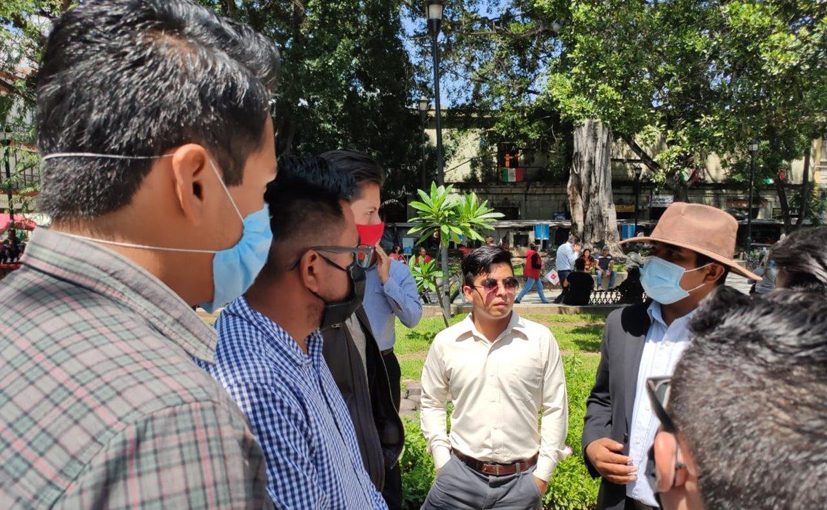 Entregan iniciativa de reforma a Congreso para reducir 119 mdp el presupuesto a partidos en Oaxaca