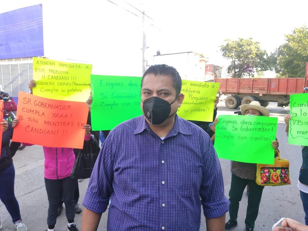 Con bloqueos y protestas, habitantes de Candiani exigen obras de pavimentación