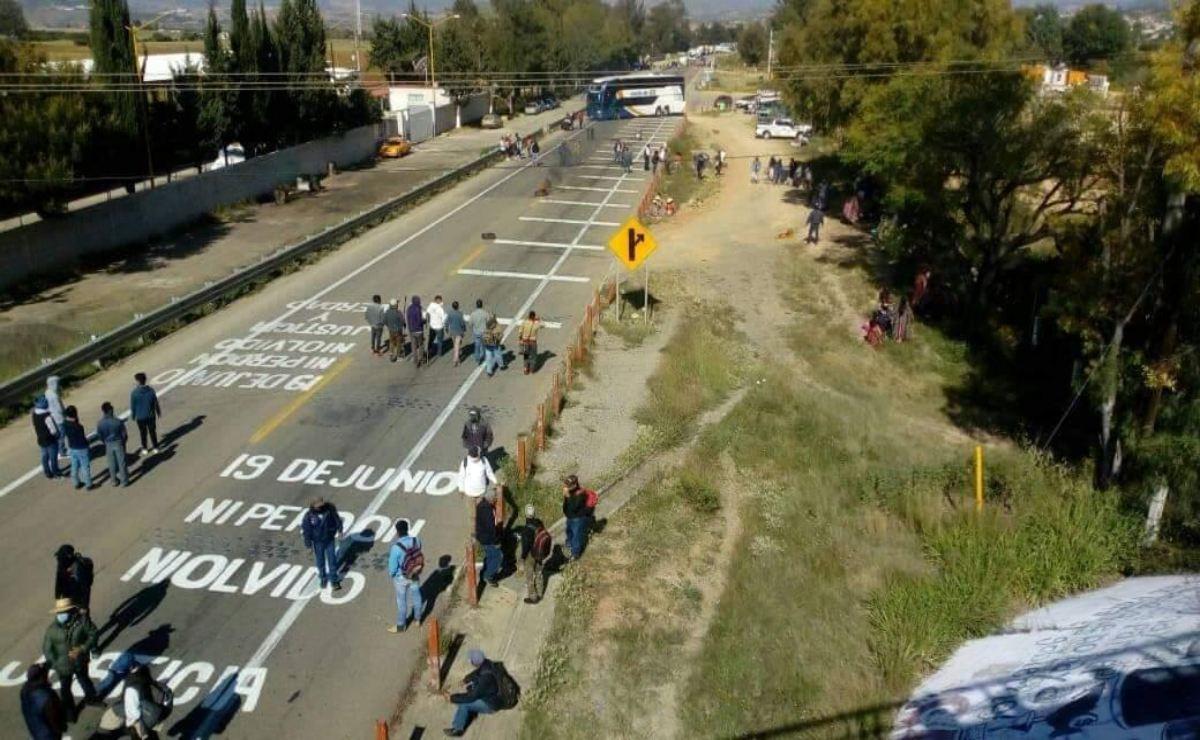 Protestas de la Jornada Estatal de Lucha alcanza a la Mixteca; exigen justicia por víctimas de Nochixtlán