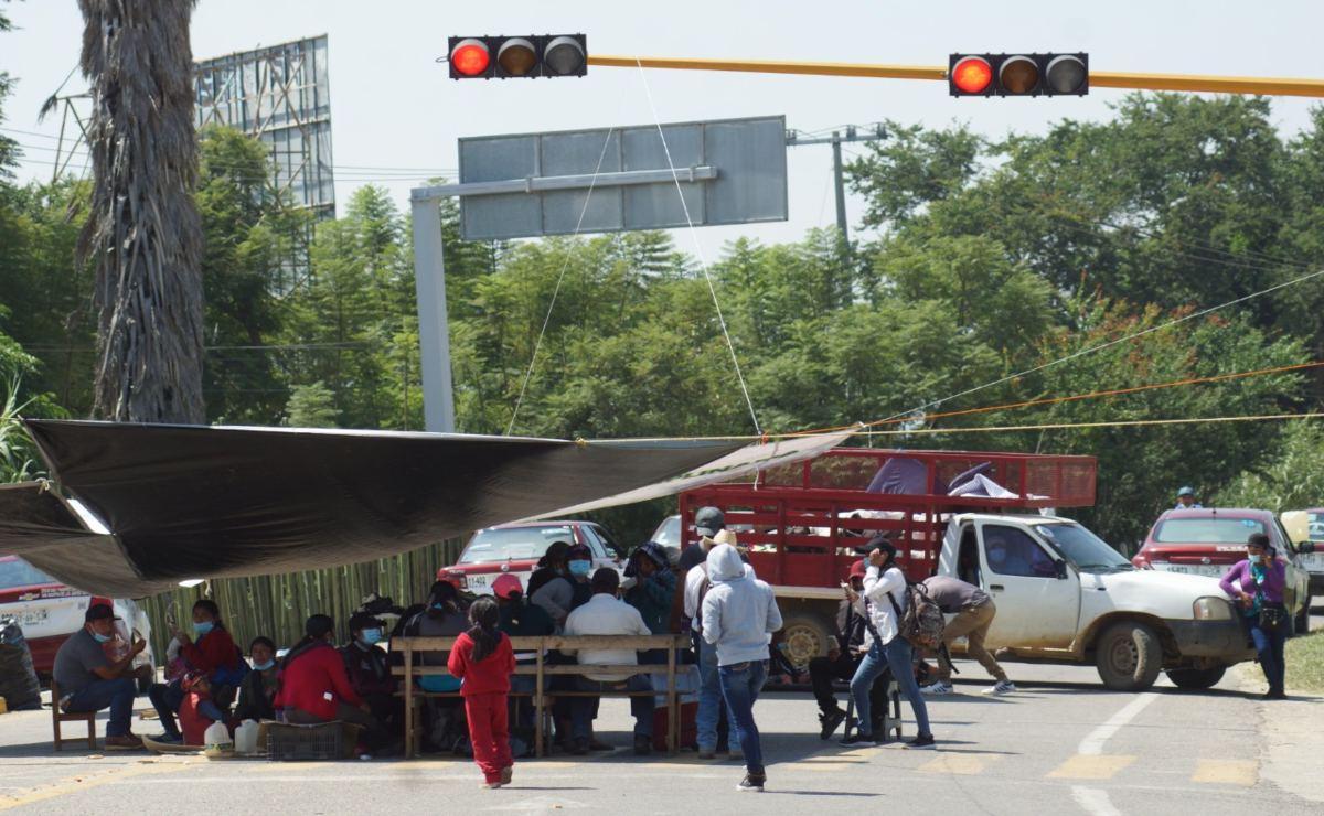 """Bloqueos en Oaxaca: """"La justicia no se negocia ni habrá recursos"""", advierte Murat"""