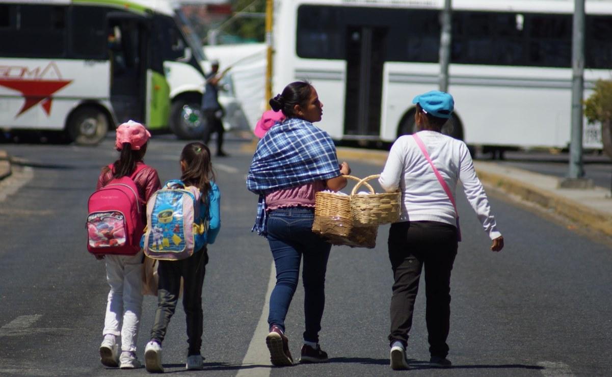 Cumple Oaxaca 48 horas sitiada: organizaciones bloquean carreteras en la capital y sus regiones