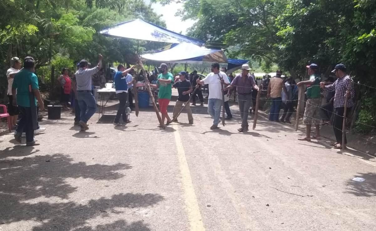 Comunidades de San Miguel Chimalapa advierten nuevos bloqueos por incumplimiento de edil
