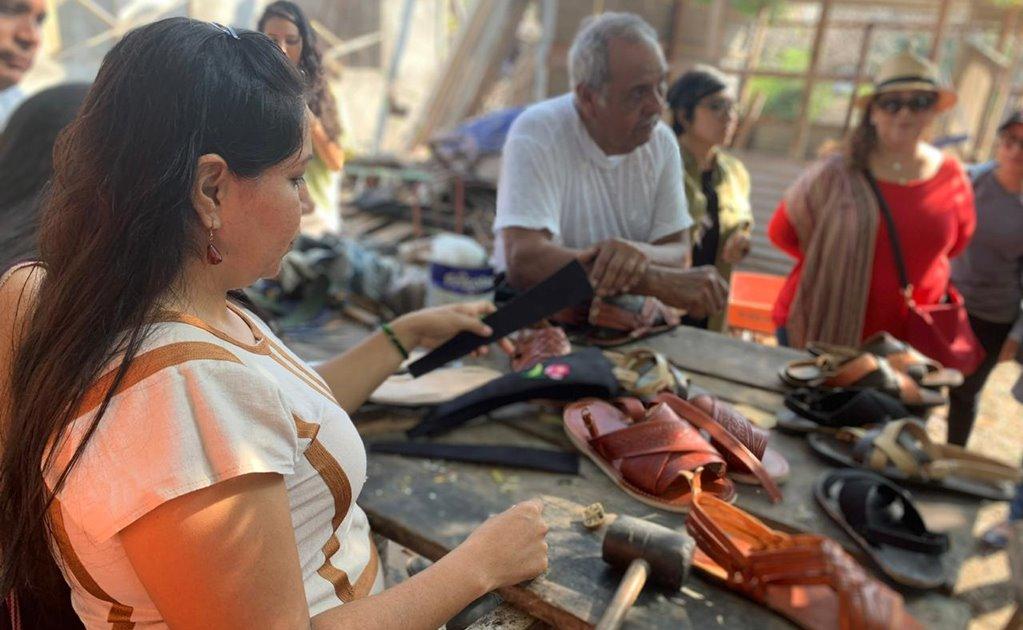 """Jóvenes impulsan """"Ruta de sabor y arte"""" en Ixtaltepec, buscan honrar a guardianes de oficios"""