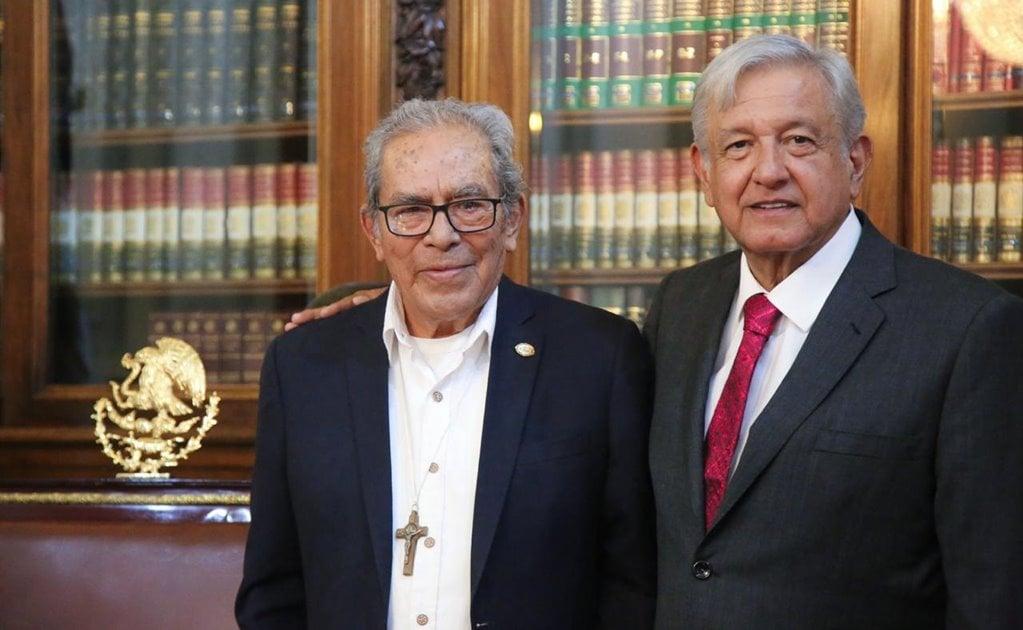 """Lamentan AMLO y Episcopado Mexicano muerte de Lona Reyes, el """"Obispo de los Pobres"""""""
