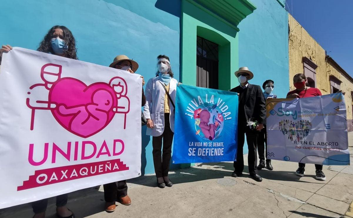 Con protesta en oficinas del PVEM en Oaxaca, piden frenar iniciativa en el Senado para despenalizar el aborto
