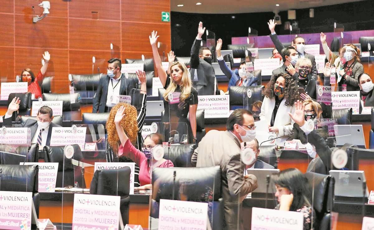 """Pese a Ley Olimpia, en Oaxaca persiste distribución de """"packs"""" de mujeres en redes sociales"""