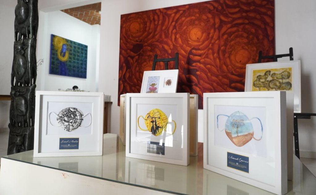 A favor de causas sociales, 18 artistas oaxaqueños intervienen cubrebocas