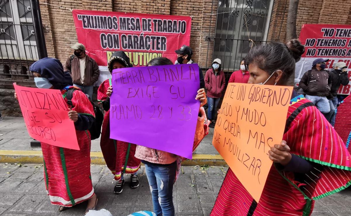 Con bloqueo en Casa Oficial de Oaxaca, comunidades triquis exigen entrega de recursos federales