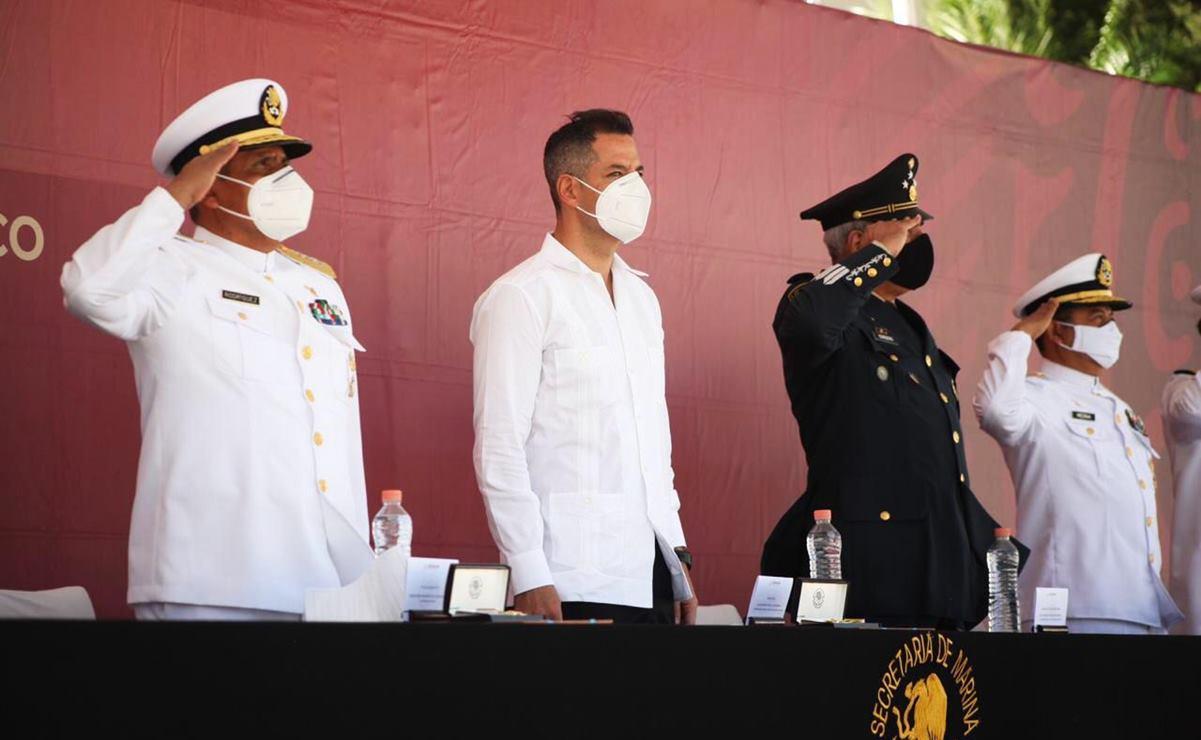En Día de la Armada, reconoce Murat a personal de Sanidad Naval por labor en combate al Covid-19