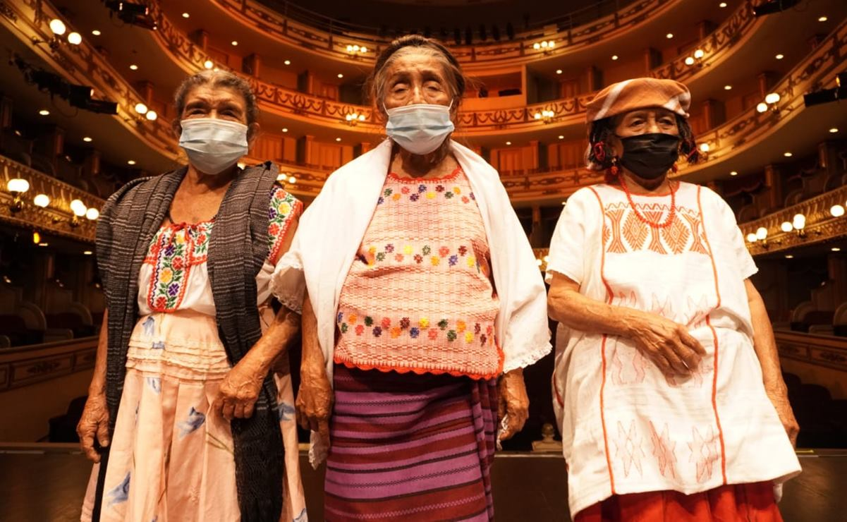 """Sacerdotisas, parteras y curanderas, estas mujeres son """"Tesoros Humanos Vivos"""" de Oaxaca"""