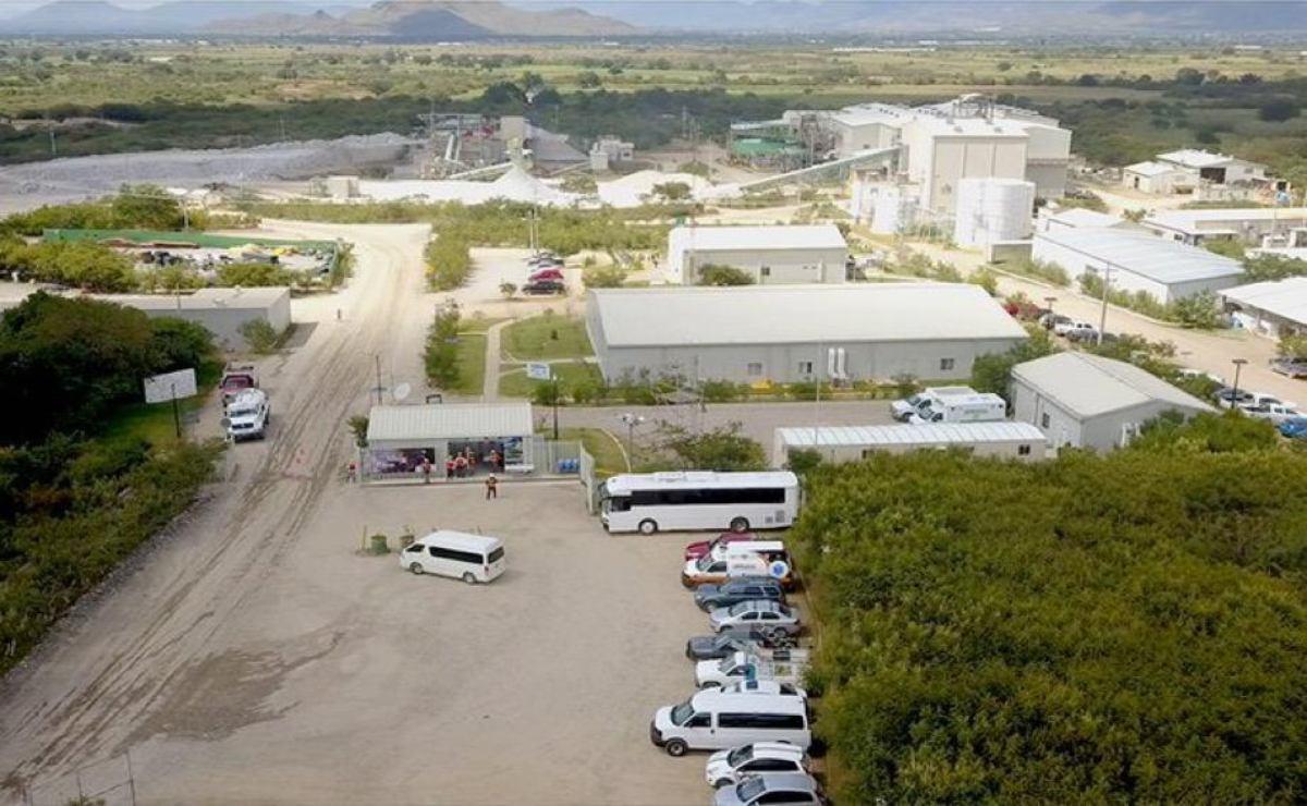 "Semarnat organiza ""consulta exprés"" para proyecto minero en Oaxaca, denuncian comunidades"