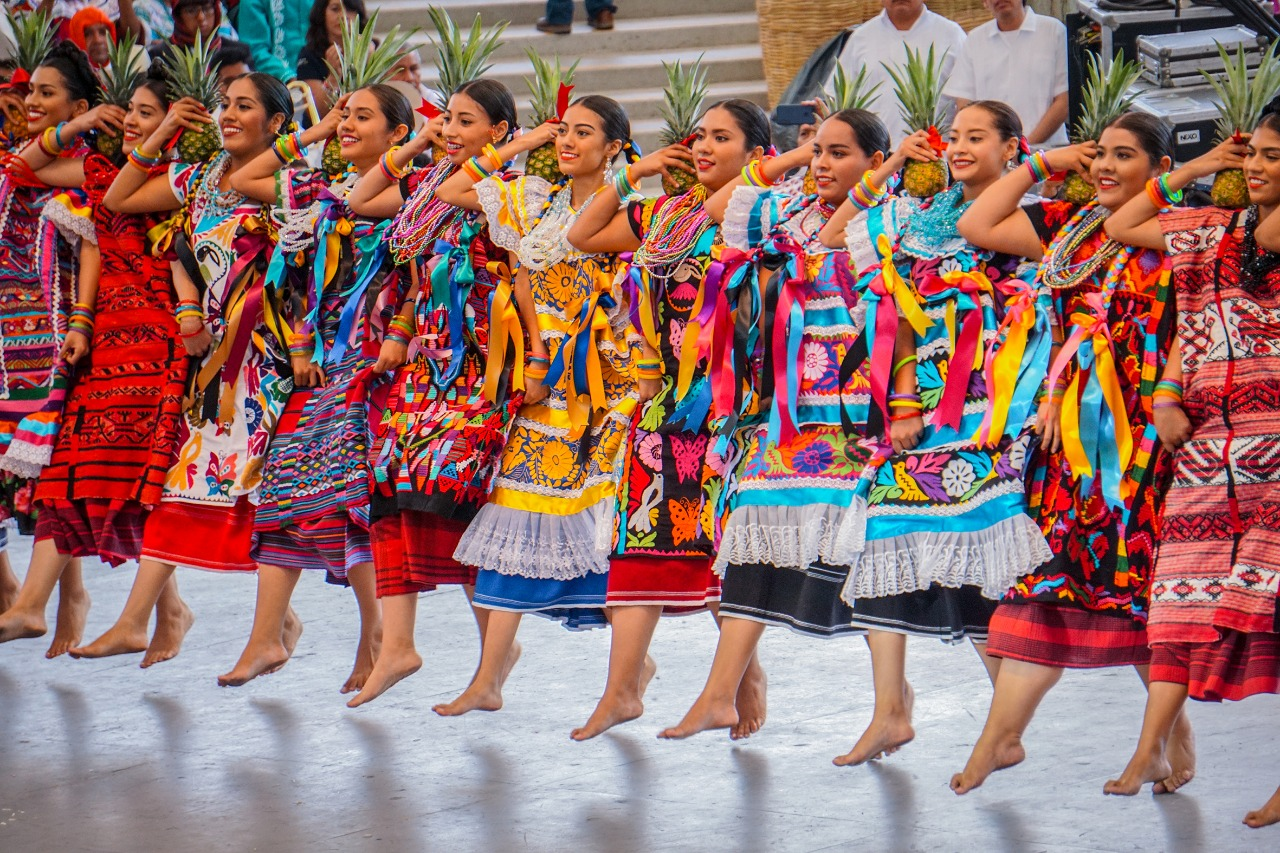 Convocan a oaxaqueños a participar en la imagen oficial de su máxima fiesta: Guelaguetza 2021