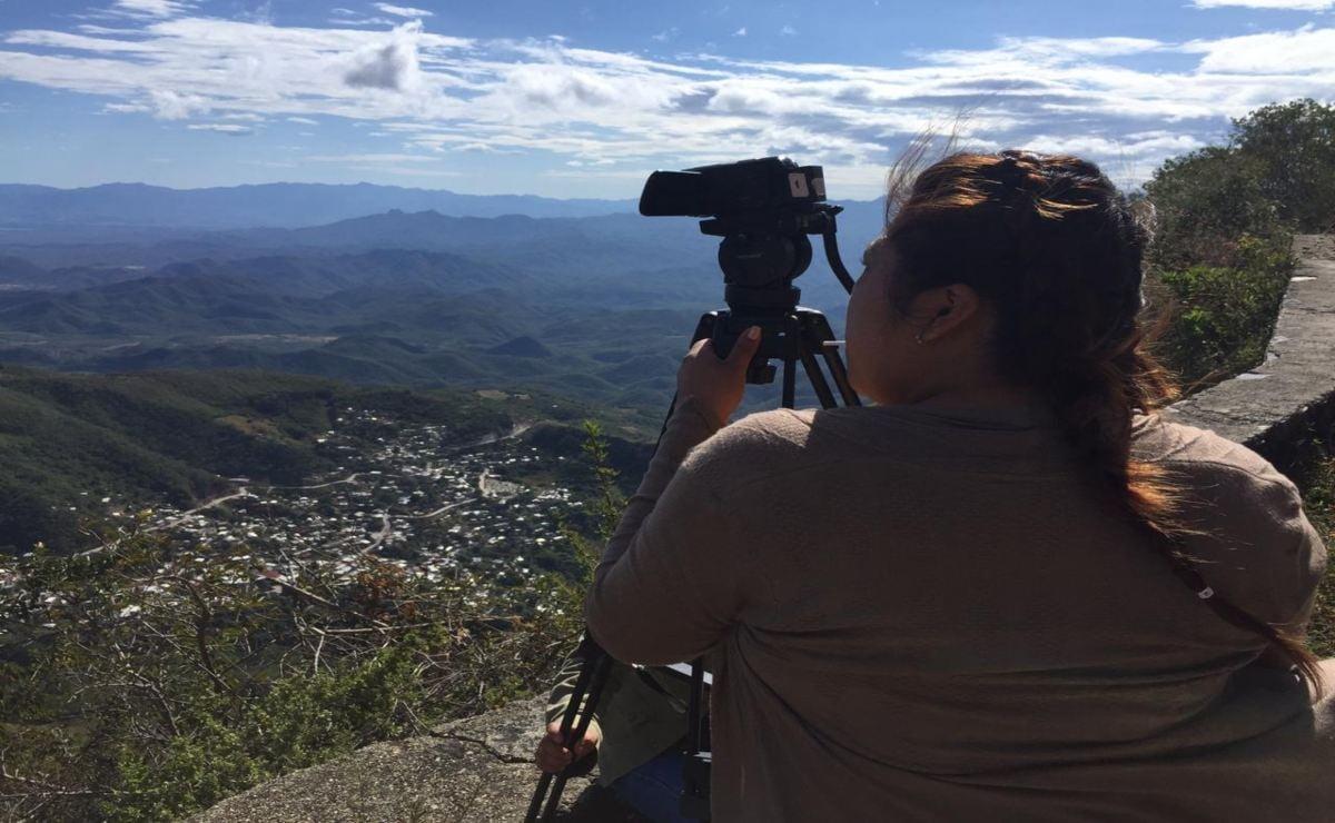 Presentan cuatro cortometrajes hechos por jóvenes zapotecas de un taller de cine en el Istmo