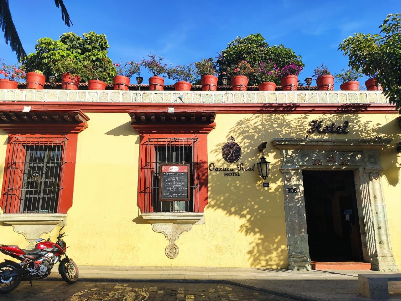 En 10 meses, pandemia redujo más de 50% promedio de ocupación hotelera en destinos de Oaxaca